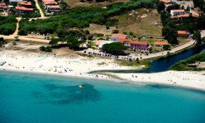 a picture of spiaggia di budoni in north east sardinia