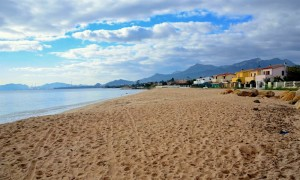 a picture of the beach of frutti d'oro in la maddalena cagliari sardinia